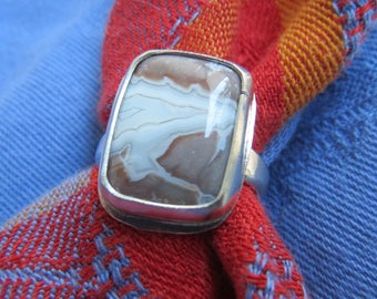 Sangria Lace Agate Cushion Rectangle in Argentium Ring Size 8