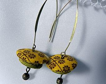 Earrings in yellow flowery fabric