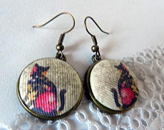Cloth earrings, cats