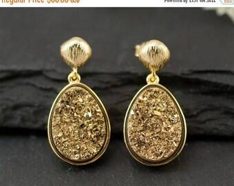 40 OFF - Gold Druzy Earrings - Drop Earrings - Gold Post Earrings - Statement Jewelry - Bridal Earrings - Gold Earrings