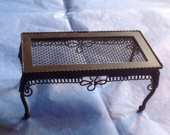 Minitature  Wire  Wicker Coffee table