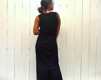 34% Off Sale - Long Black Skirt 1980s High Waist Floor Length Back Slit Vintage Fitted Skirt Large