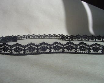 5 Yards = 4.57 Meters of Black Lace  - Black Trim for lingerie, fashion designs and Lamp Shades - lace trim by the yards