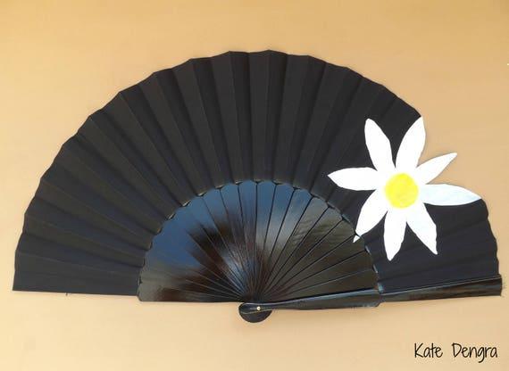 Big White Daisy 32cm XL Hand Fan