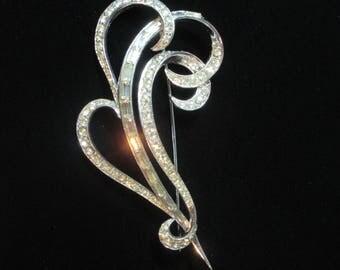 Elegant BOUCHER Rhinestine Vintage Pin