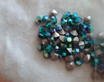 Emerald AB rhinestones