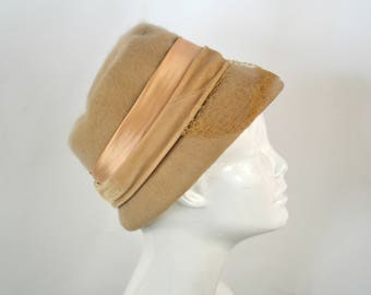 1950s Cream Mohair Cloche Hat with a Two Tone Band Bucket Hat, Estate Fresh