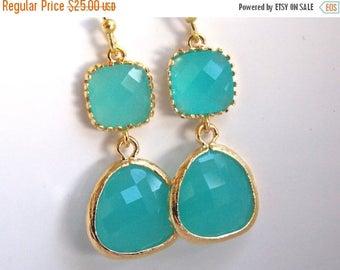 SALE Glass Earrings, Mint Earrings, Gold Blue Earrings, Mint Blue, Aqua Blue, Weddings, Bridesmaid Earrings, Bridal Earrings, Bridesmaid Gif