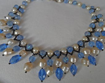 1950's glass bead choker/collar necklace