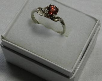 Beautiful RED Oregon Sunstone and Sterling silver Ring   #74