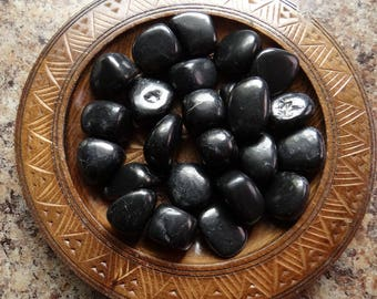 SHUNGITE Stone Gemstone Tumbled 4 oz Wiccan Pagan Metaphysical Reiki Chakra Supply