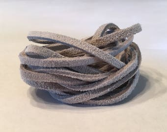 Light Grey Leather Lace Cording (5.5 ft)