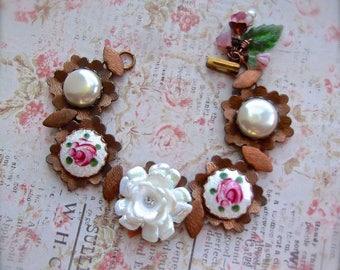 Vintage Gingerbread, Vintage Brass, Brass Bracelet, Floral Bracelet, Guilloche Roses, Rose Bracelet, White Rose,Faux Pearl Cab,Dresden Roses