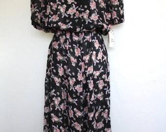 Clearance Sale Vintage Floral Midi Dress