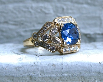 Round Sapphire Floral Diamond Ring Engagement Ring Wedding Ring in 14K Yellow Gold.