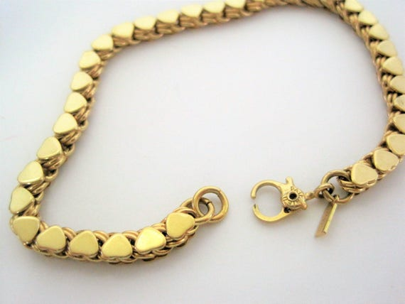 Monet Heart Bracelet - Gold Tone Metal - Small Heartstrings - Vintage Tennis  Bracelet