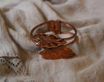 Vintage 1950s RENOIR Copper Hinged Cuff Bracelet Mid Century Bypass Leaf Clamper Bracelet