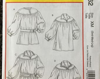 Mens Poet Shirt Sash Historical Halloween Costume Sewing Pattern McCalls M4862 Size s m l 34 36 38 40 42 44