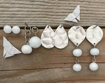 white combinable earrings set