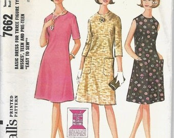 ON SALE VTG McCall's 7662 Misses & Teen Dress Pattern, Size 14-16, Bust 34-36