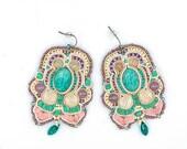 Unique earrings with amaz...