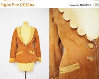 SPRING SALE Vintage 70s Suede Scalloped LEATHER tan Coat Jacket Blazer Fitted Boho Hippie