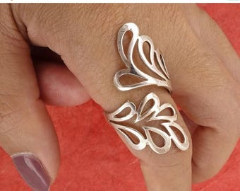 ON SALE Sterling Silver Winding Leaves Ring, Solid Silver, Free Size, 4.5g Free Shipping