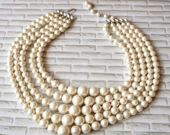 Vintage Jewelry/ Vintage Necklace/ 1960s Beaded Necklace/ Retro Necklace/ Faux Pearl Necklace/ Multi Strand Pearl/ Antique jewelry/ Jackie O