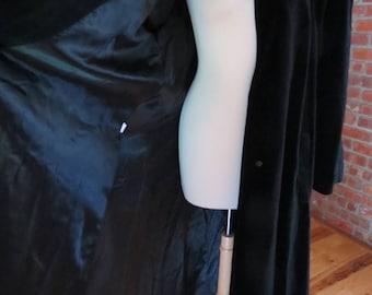 Beautiful Long Black Velvet  Swing Opera Coat with Deco Style Rhinestone Triangle Brooch Button. by Cattiva. Sz XL