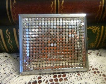 Vintage Silver Armor Mesh Whiting & Davis Double Mirror Compact   (T)