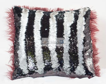 Sequins Pillow Black and Silver