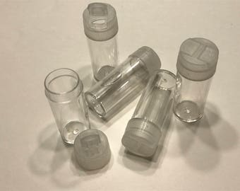 5 plastic shaker bottles, 2 1/2 inch tall, (BB1/5)