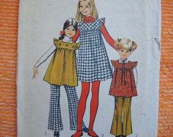 vintage 1970s Simplicity sewing pattern 5168 girls jumper or tunic and bell bottom pants size 10