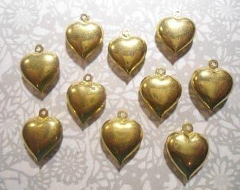 10 Brass 20mm Heart Charms