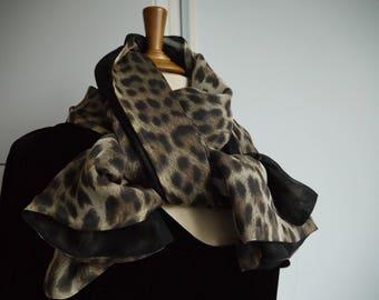 Long scarf / 100% silk Leopard pattern - reversible scarf - stole pattern creation