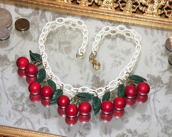 Vintage Celluloid Chain Necklace - CHERRIES JUBILEE - Classic Pin Up Girl Cherry Fruit Salad Bakelite Era Early Plastic