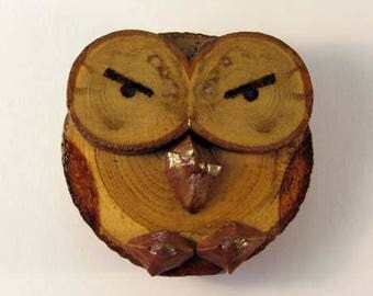 OWL magnet in chestnut (ref.43 - 20)