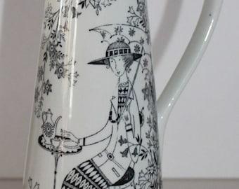 Emilia vase by Arabia Finland