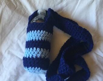 HC Light and Dark Blue Striped Crocheted 4x6 Water Bottle Holder