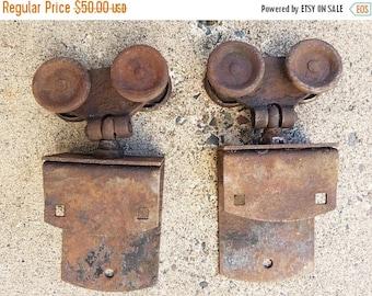 ON SALE Vintage Set of 2, Barn Door Rollers, Trolleys, Sliding Barn Door Rollers, Pulleys