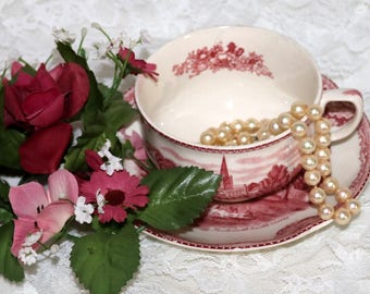 "Johnson Brothers - ""Old British Castles"" - Cup and Saucer - Red & White - Transferware"