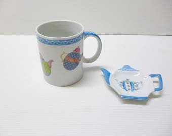 "porcelain mug ""little teapots"""