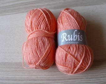 ball wool orange Ruby
