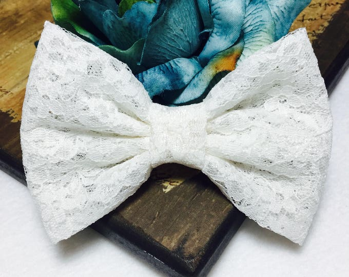 Featured listing image: Ivory  Lace Hair Bow