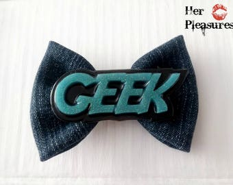 Geek Gamer Girl Retro Gaming Rockabilly Pin up Girl Hair Bow