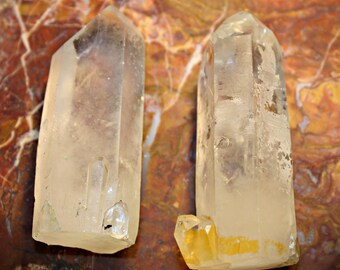 2 Crystal points free standing 68mm and 69mm from Madagascar a054