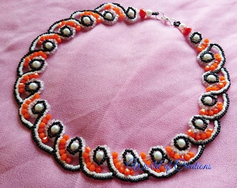 Rosette short necklace with pearls and crystals orange and black