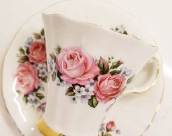 Stunning Vintage Pink Roses Adderley Tea Cup and Saucer Made in England / lovely classic Tea  / Shabby Elegant Teacup Set/customizable
