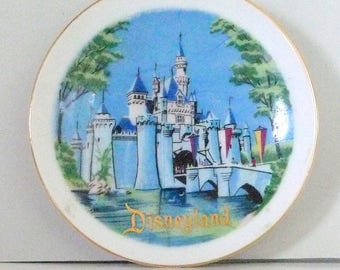 Vintage Disneyland Souvenir Wall Plate - small collectible Sleeping Beauty Castle Disneyland Productions