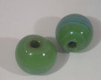 Glass beads round green and blue 15mm